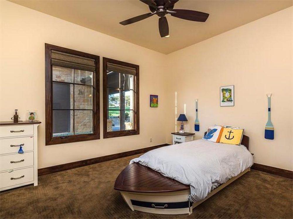 17217 Flagler bed 2