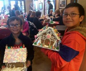 Gingerbread Decorating Party 2016 - 4